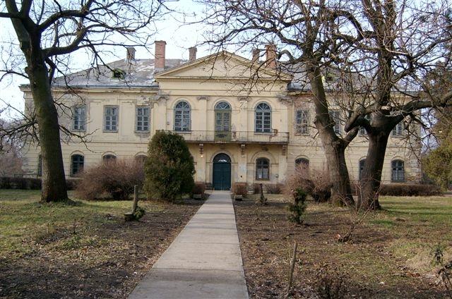 Perkáta Nagyközség - Győry kastély